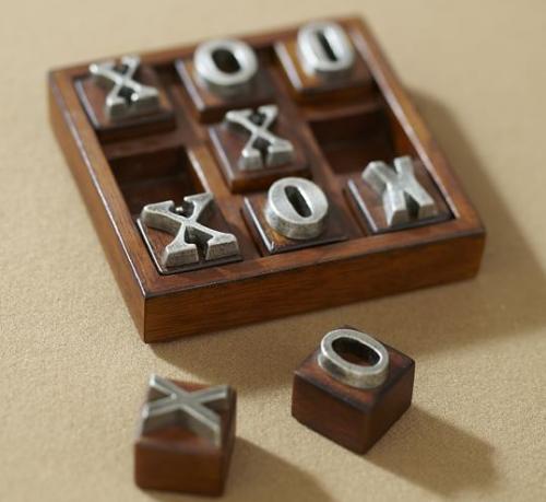 TIC TAC TOE home decorative game