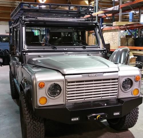 Land Rover Defender-Reformer