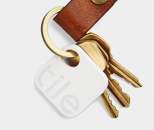 TILE bluetooth keys tracker